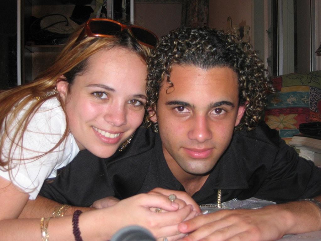 couple-posing